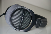 Sample (Normal): Beyerdynamic DT990 Pro