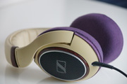 Sample (Side): Sennheiser HD598